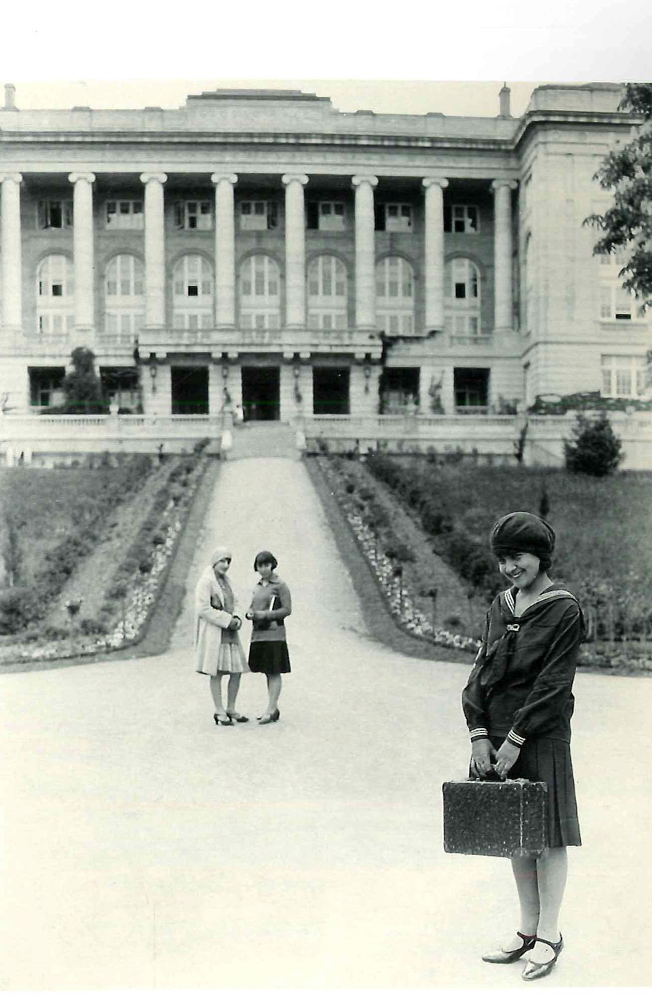 ACG students, 1927.