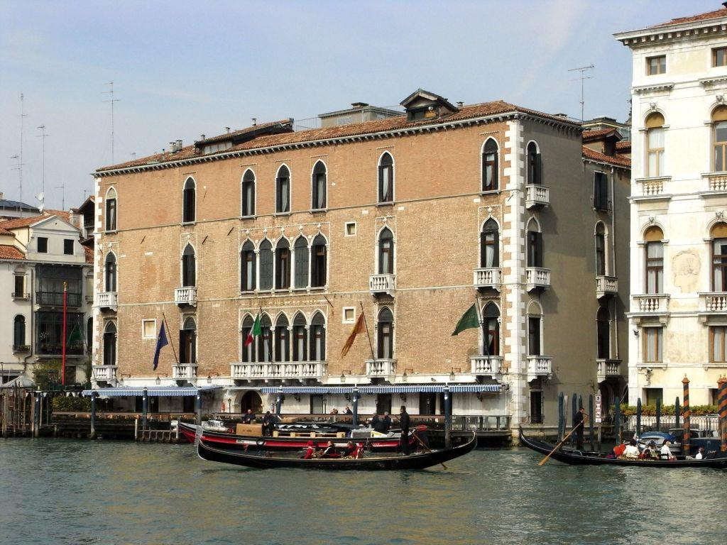 Venedik Gritti Sarayı