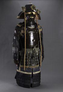 Yamada Torajiro'nun Sultan II. Abdülhamid'e hediyesi zırh takımı