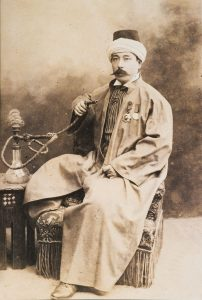 Yamada Torajiro geleneksel Osmanlı kıyafeti ile