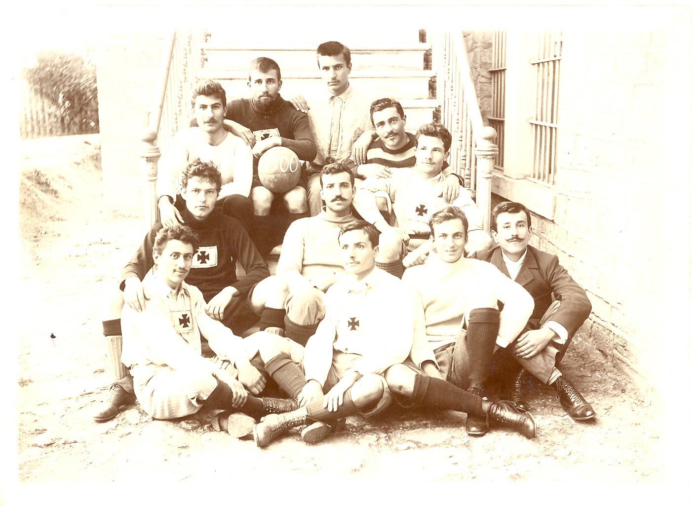 RC futbol takımı, 1900.