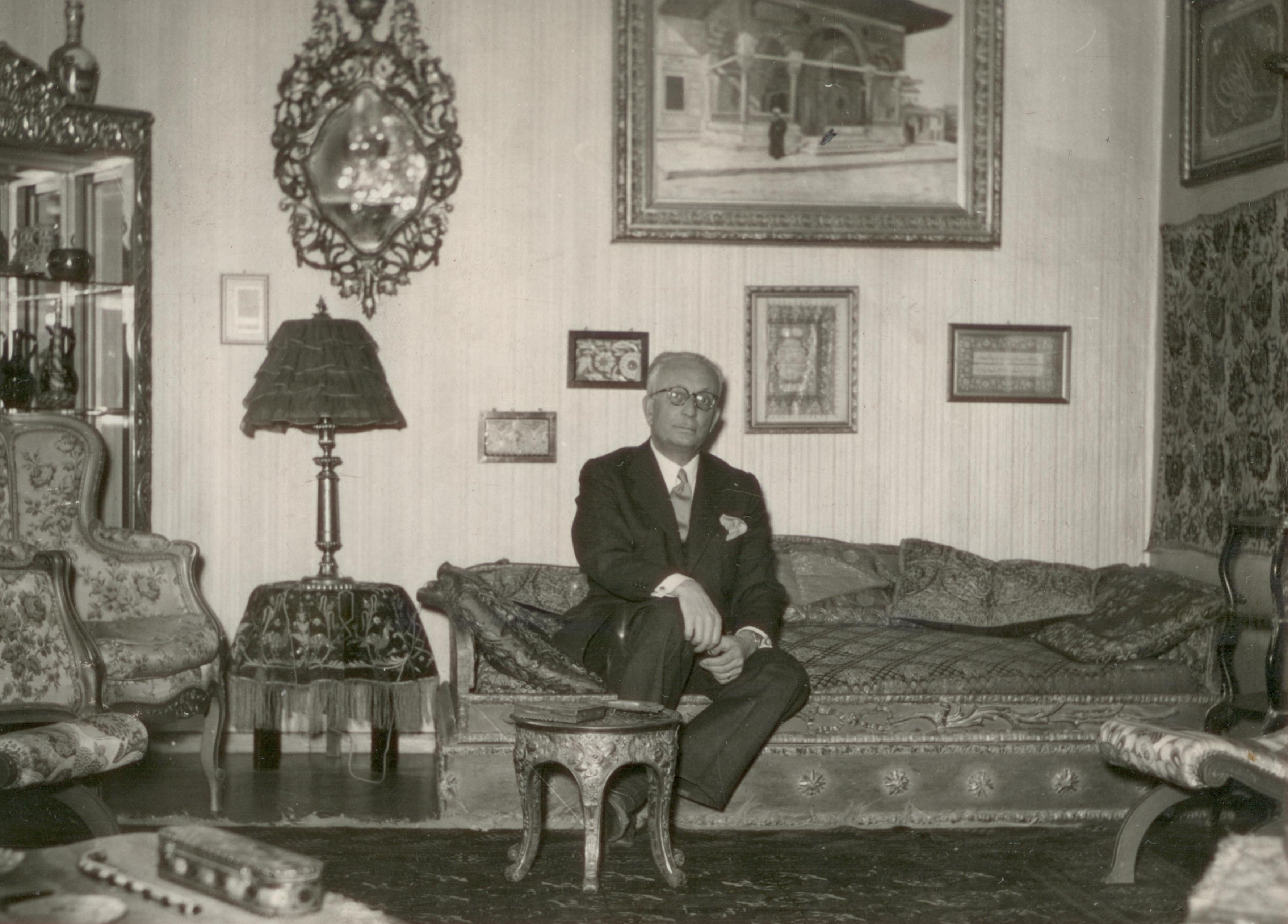 Ekrem Hakkı Ayverdi in the living room of his home in Fatih