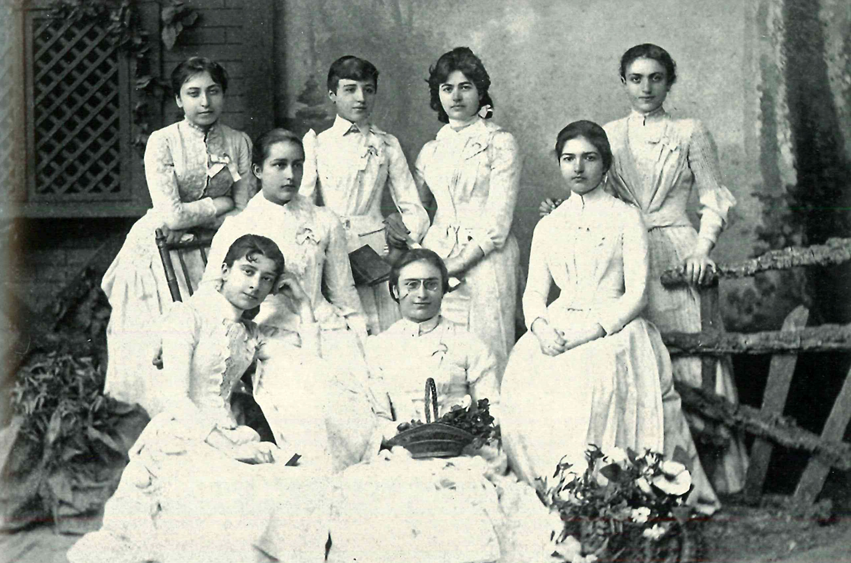 Robert Kolejli Kadınlar